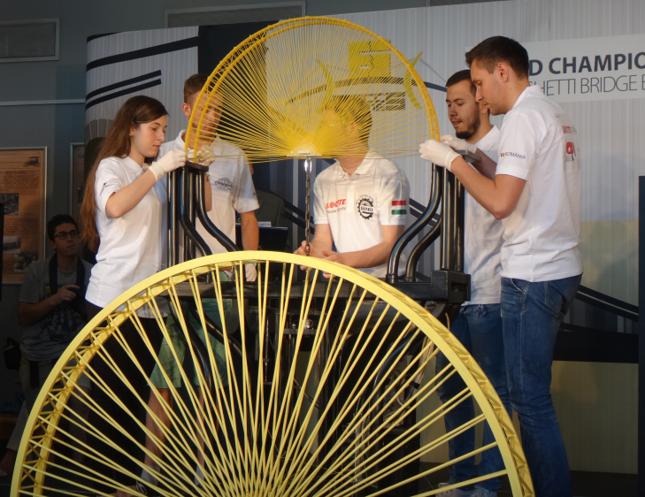 echipa utcn - locul i la spaghetti bridge building
